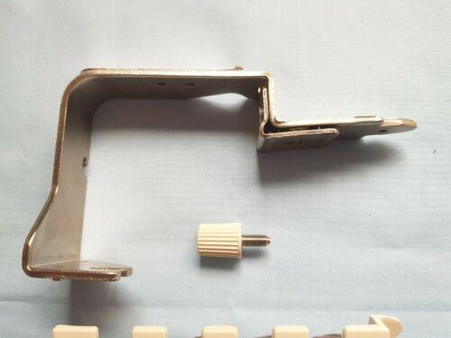 BROTHER Machine à tricoter couleur KHC820A changeur de Pièces Fil Rouleau et Clip X1