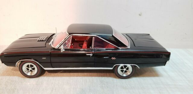 ACME: 1:18 1967 DODGE CORONET R/T - TOMS GARAGE VERSION - ONLY 102 PIECES MADE