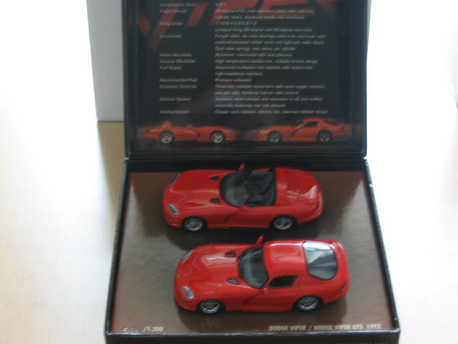 Dodge viper - 1993-2003 - 10 ans set anniversaire minichamps 1 43 new