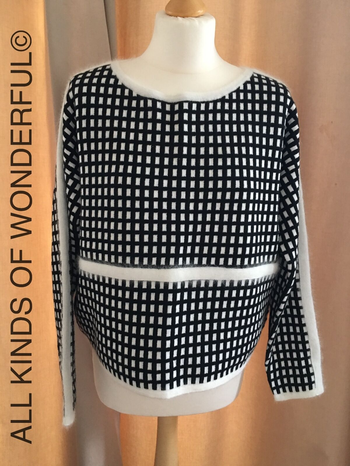 Essentiel Kalidasa Boxy Sweater either Monochrome or Olive bluee RRP BNWT