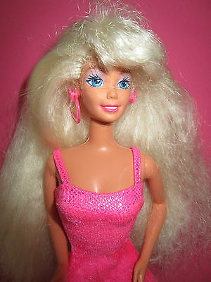 B510-ALTE BLONDE BARBIE MATTEL 1976 ORIGINALES PINKES BARBIE-KLEID LABEL+SCHUHE