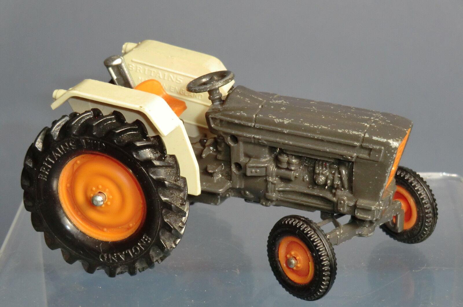 VINTAGE BRITAINS MODEL No.9420 6600 tracteur
