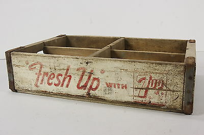FRESH UP W 7UP Soda Pop Wooden Case W 4 Sections Bottle Holder Crate Moberly, MO