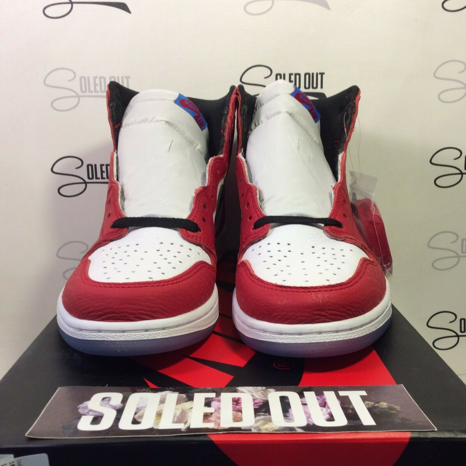 AIR JORDAN 1 RETRO HIGH OG  ORIGIN STORY  2018 - ITEM NUMBER 5566-3
