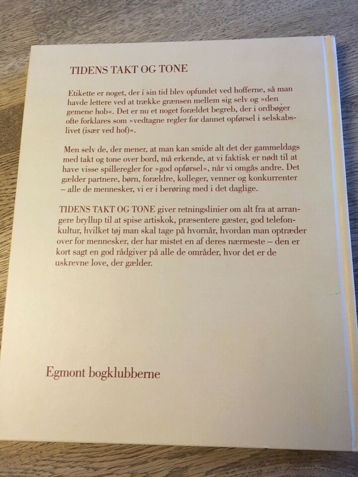 Tidens takt og tone, emne: historie og samfund