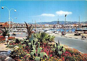 BR2052-vue-sur-le-port-Cannes-france