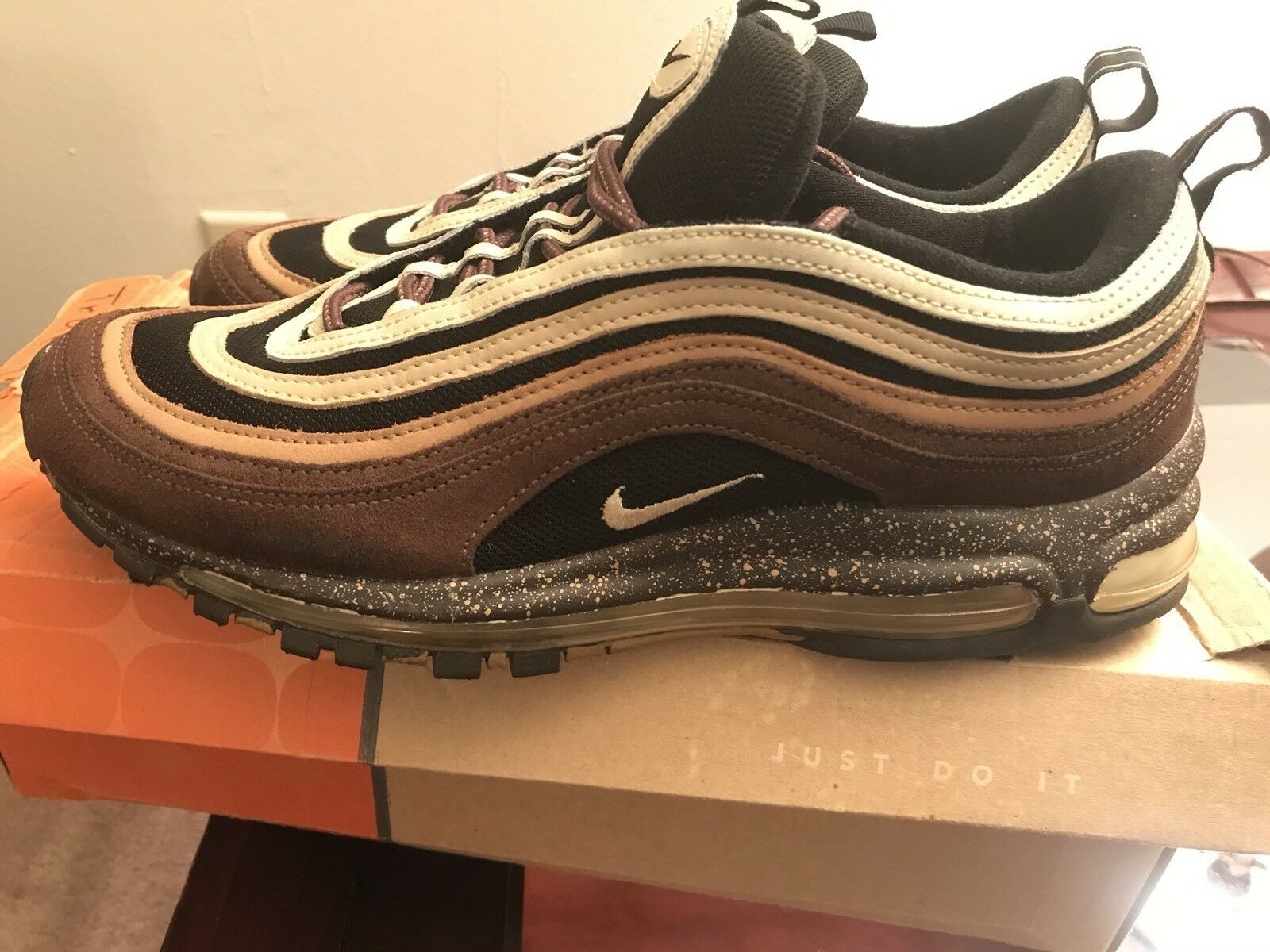 "Air Max 97 Size 11 (2004) ""True"" PRE_OWNED"