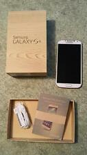 Samsung Galaxy S4 ~ parts or repair ~ w/original box, earbuds, manual, white
