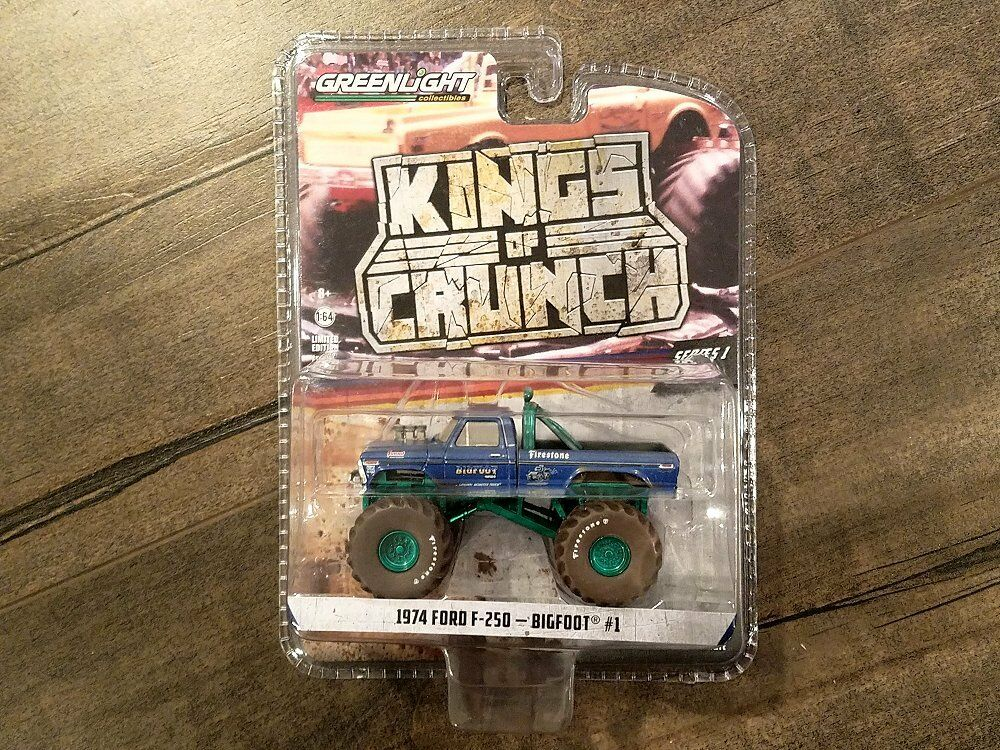 vertlight 1 64 Kings of Crunch 49010-A Bigfoot  1 1974 Ford F-250 Chase Car