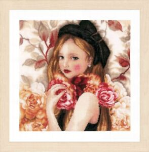 I Hold Roses Lanarte Counted Cross Stitch Kit w/30 Ct Linen