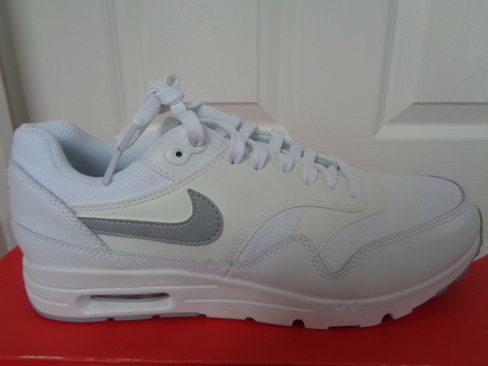 Nike Air Max 1 Ultra Essentials Wmns Baskets 704993 102 UK 4.5 EU 38 US 7 NEW