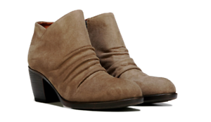 NEW BORN B.O.C LORELEI TAUPE ANKLE BOOTS WOMEN 8.5 Z37017 BOOTIES STACKED HEEL