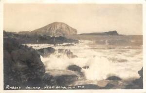 RPPC-Rabbit-Island-Near-Honolulu-T-H-Hawaii-1935-Vintage-Real-Photo-Postcard