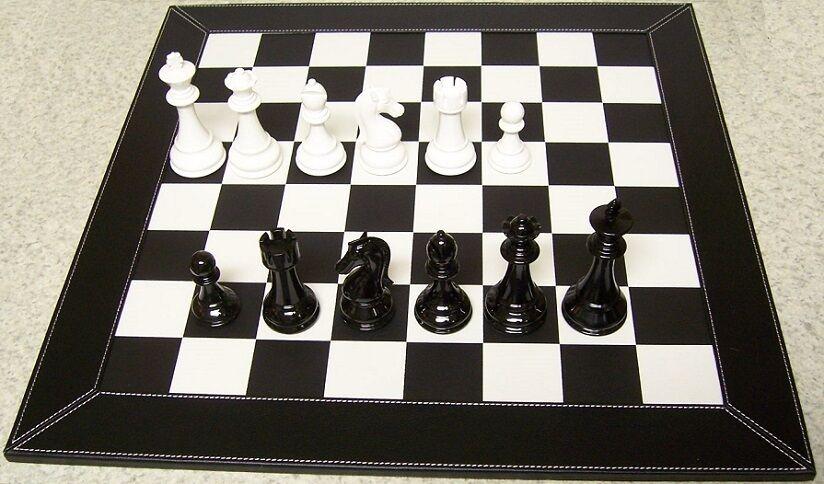 Juego de ajedrez con Tablero De Cuero Y Madera Staunton estilo Piezas Reyes 4 1 2  Nuevo En Caja