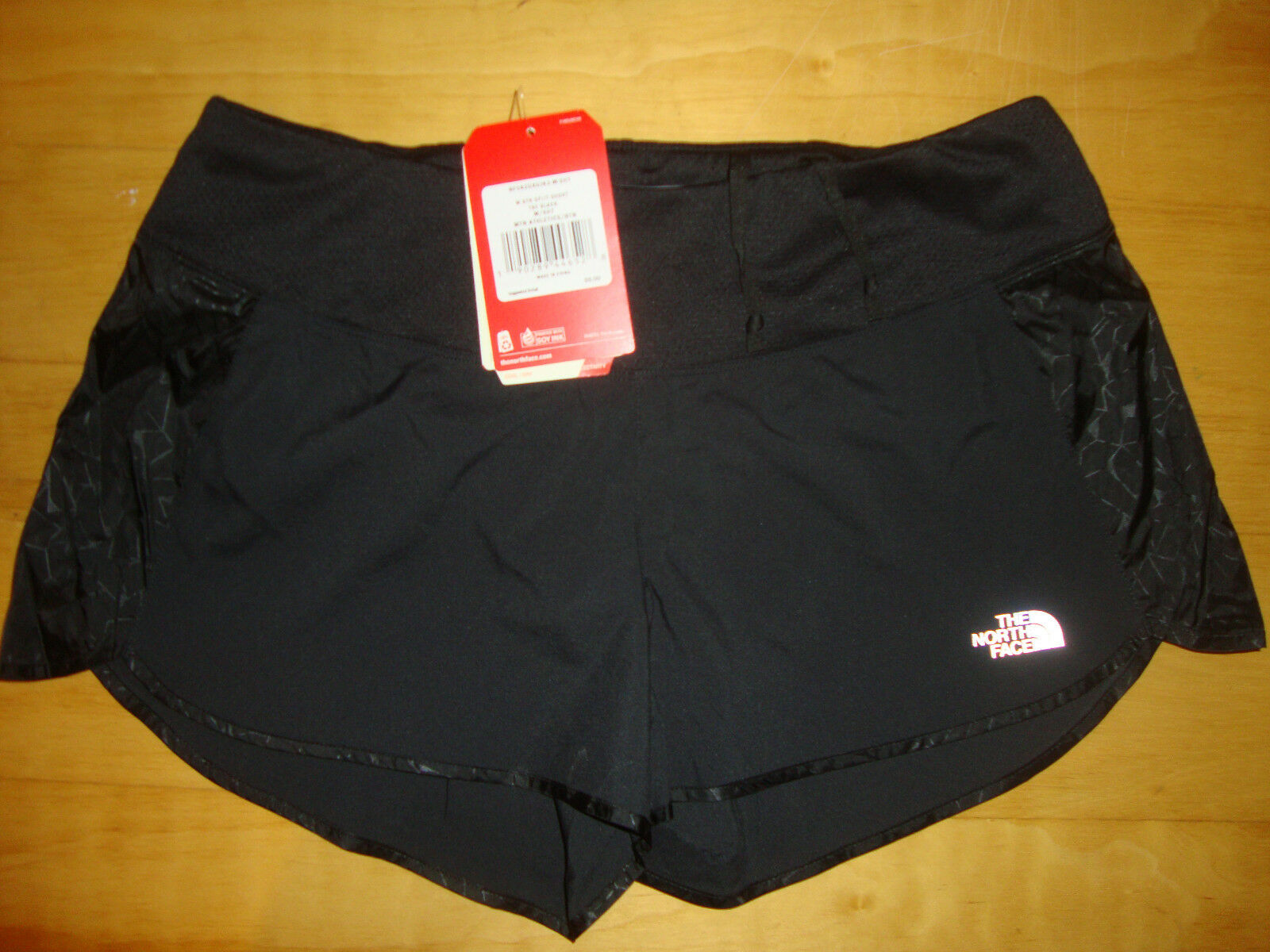 NEW NWT  North Face Better Than Naked 3  Split Running Shorts Size MED Women