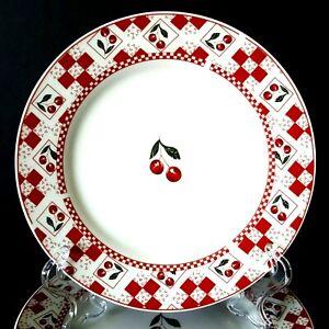 Oneida-Majesticware-Cherries-Jubilee-7-Salad-Plates-7-5-034-Leslie-Beck-More-Avail
