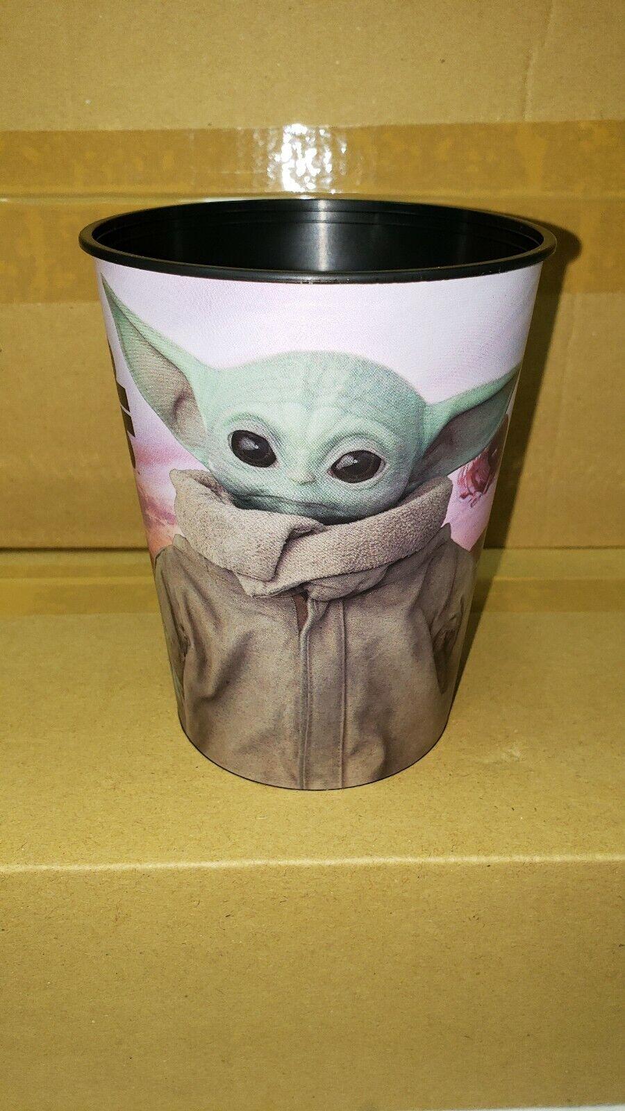 The Mandalorian Baby Yoda Stadium Party Cup 1ct