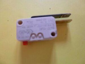Micro-contact-2-cosses-de-lave-vaisselle-BOSCH-SIEMENS-NEFF-et-autres