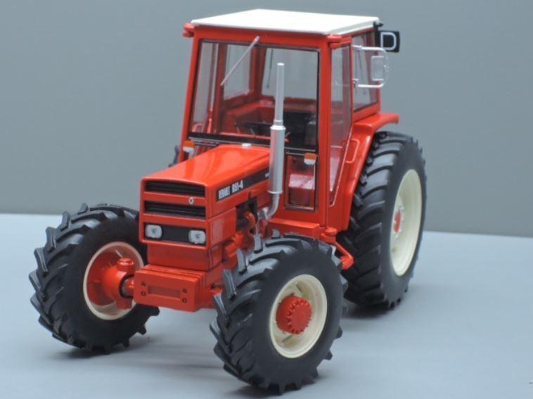 basso prezzo del 40% Renault 851 4 4 4 Trattore Tractor 1 32 modello REPLICAGRI  fino al 60% di sconto