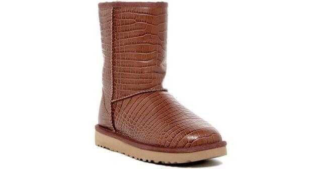 Ugg Women's Classic Short. Leather Croco.