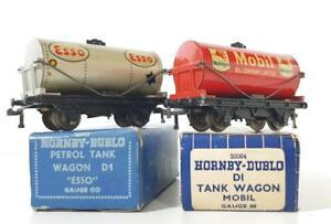 BOXED-VINTAGE-HORNBY-DUBLO-D1-OO-GAUGE-TIN-PLATE-TANKER-WAGONS-MOBIL-amp-ESSO