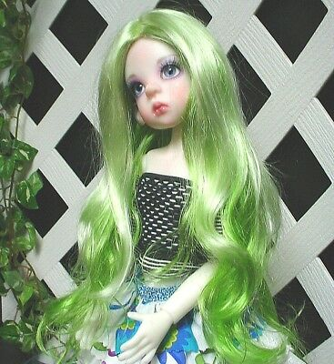 """with bangs Doll Wig Monique Gold Adorabel /""""Pixie/"""" Size 4 in Green"""