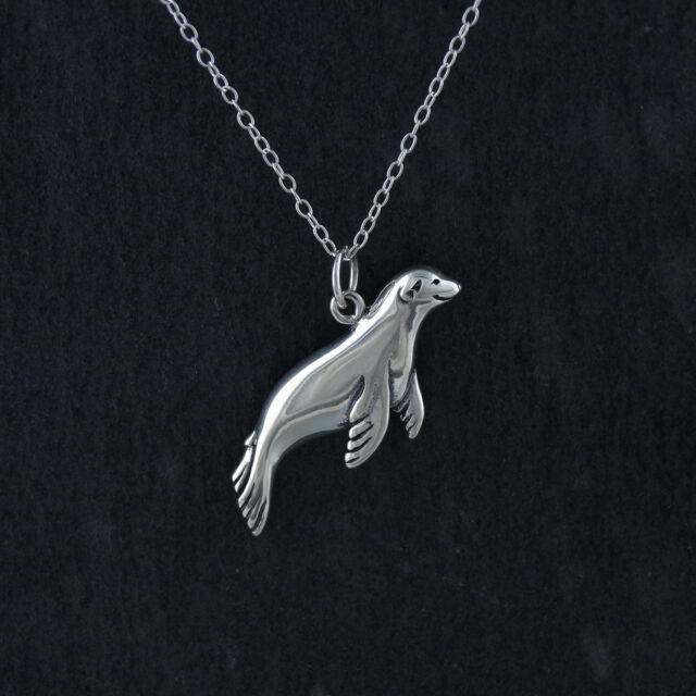 3D Charm Marine Ocean Harbor Gift NEW 925 Sterling Silver Sea Otter Necklace