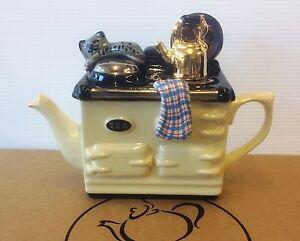 1-cup-cream-aga-teapot-by-swineside-aka-teapottery-xmas-special