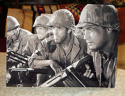 """Combat TV Show US Army WW2  Figure Tabletop Display Standee 8/"""" Tall-10 1//2/"""" Long"""
