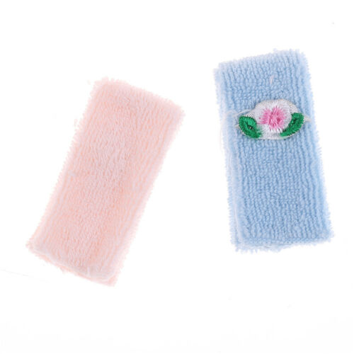Dollhouse Miniature Bathroom Accessory Set of 2 Towels Pink /& Blue Flower HU