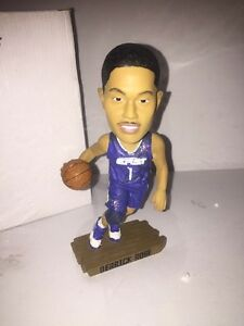 a9f632d48b4e NEW DERRICK ROSE Bobblehead Chicago Bulls Rare 2010 ALL STAR Limited ...
