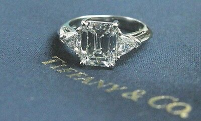 Tiffany & Co Platinum Emerald & Trillion Cut Diamond Engagement Ring 2.65C F-VS1