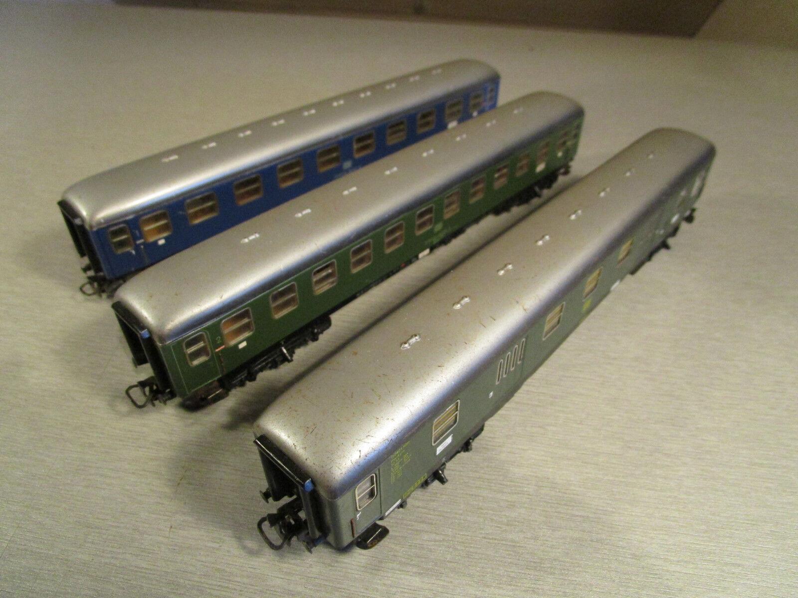 3x   vagoni 1./2. classe h0