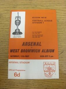 11-05-1968-Arsenal-v-West-Bromwich-Albion-Piece-Missing-To-Corner-Footy-Prog