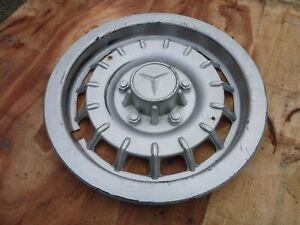 1-enjoliveur-roue-Mercedes-Benz-W123-C123-W126-C126-SE-TE-CE-SEC-2