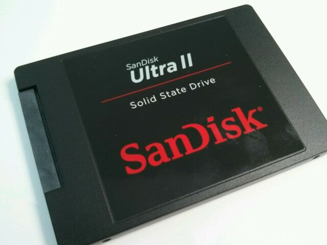 SanDisk - Ultra II 960GB Internal SATA Solid State Drive for Laptops - Black OEM