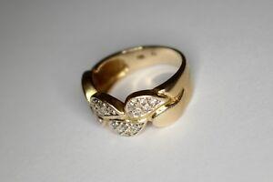 Ring-585-er-Gold-mit-kleinen-Brillanten-besetzt