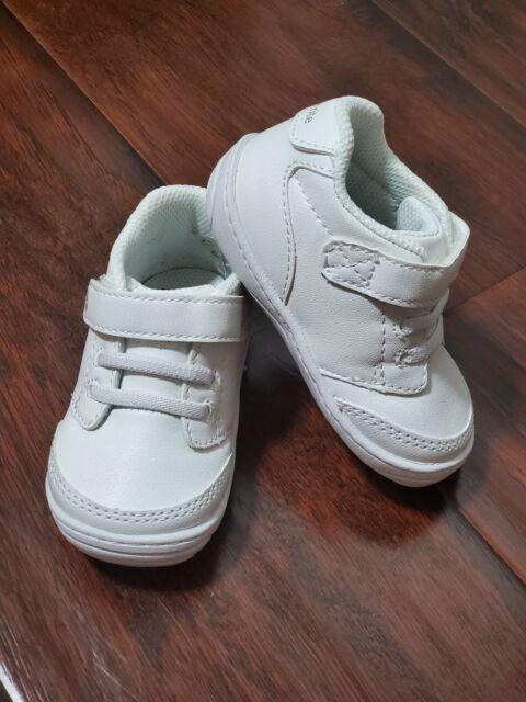 Stride Rite Taye Sneaker - Unisex