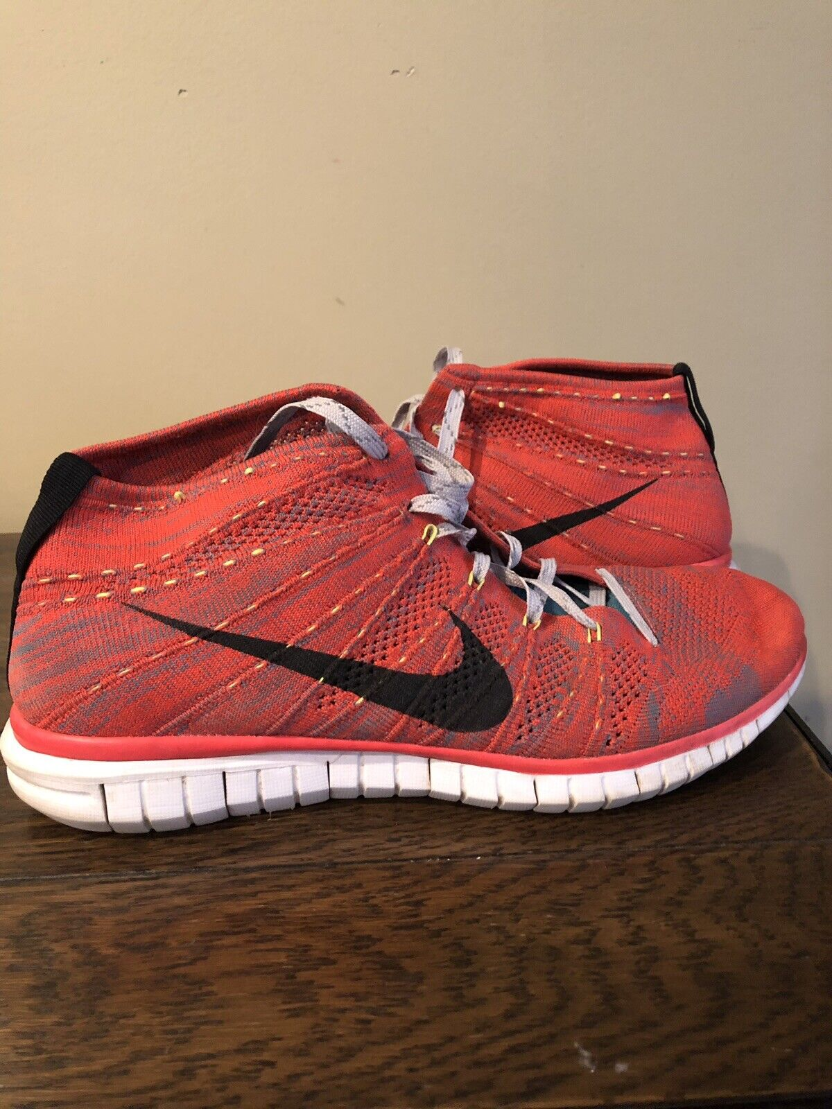 Nike Free Flyknit Chukka Mens Bright Crimson Red Run Running shoes Boots Size 11