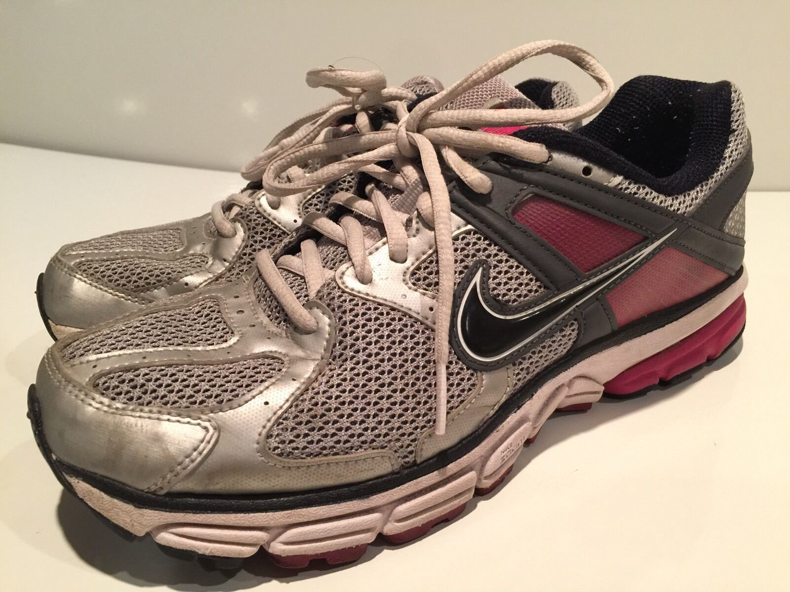 Nike Structure 14 Women's Athletic Running Shoes Size 8.5 M
