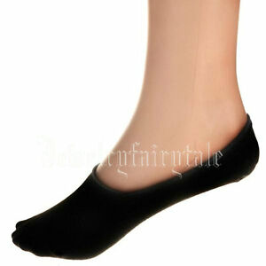 Maggie's Footie Socks are made from Organic Cotton and hit below the ankle, a great basic for everyday wear or out running the trails. Fit: Thick cushion, stay-in-place heel.