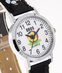 893e279199 Das Bild wird geladen Kinderuhr-Jungenuhr-Fussballmotiv-schwarz-fuer-Jungs- Armband-schwarz-