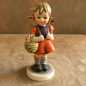 School-Girl-Hummel-Goebel-Figurine-81-bee-W-Germany-vintage-7-0-bee