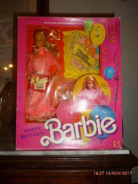 1983 Happy Birthday Barbie Buon Compleanno hawaiian superstar picture pretty