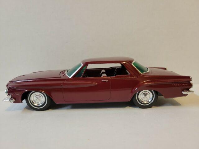 VINTAGE 1962 DODGE DART PLASTIC MODEL CAR