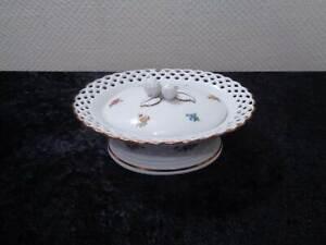 GDR-Wallendorf-Design-Porcelain-Durchruchdose-with-Plastischem-Knob-Vintage
