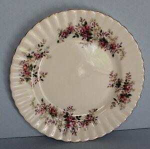Royal-Albert-Lavender-Rose-8-034-Bone-China-Luncheon-Plate-EUC