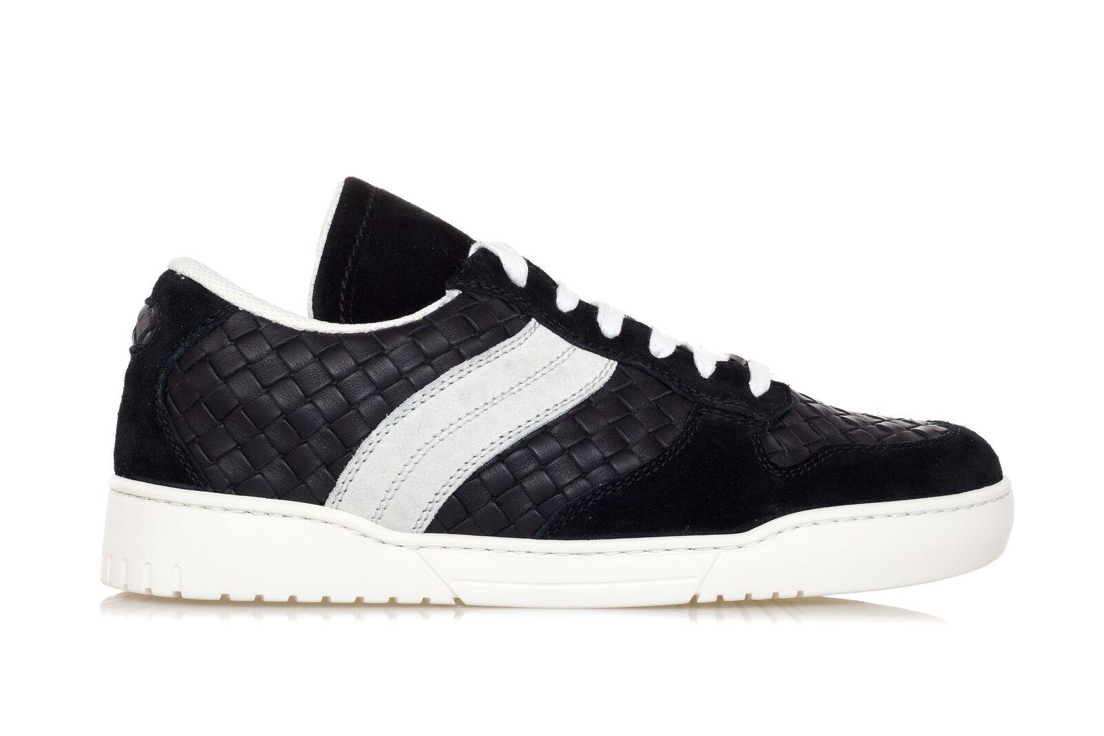 BOTTEGA VENETA Mens Shoes Sneakers HEEZE Black INTRECCIATO Leather Suede Trainer