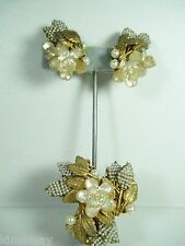 VINTAGE SIGNED  MIRIAM HASKELL DEMI PARURE PIN EARRING SET PEARLY GLASS FLOWERS