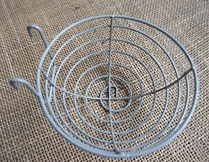2-x-Canary-nest-baskets-in-wire